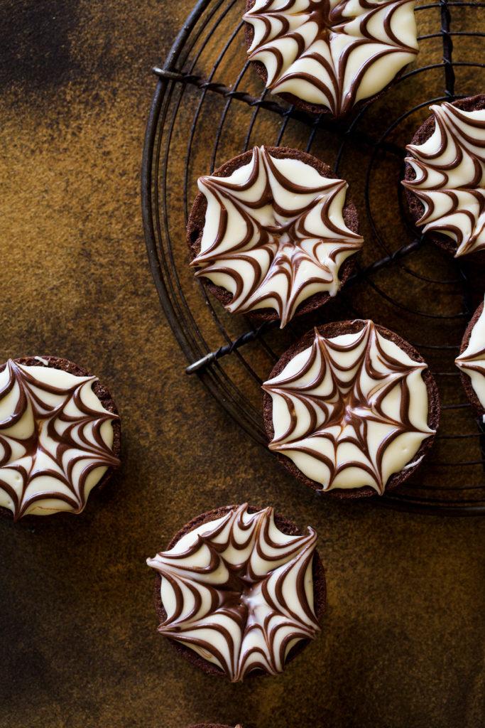Spider Web Brownie Bites